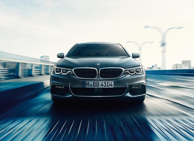10 BMW 5シリーズ