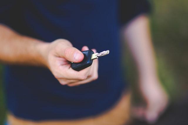 車を売る最もいい方法は?