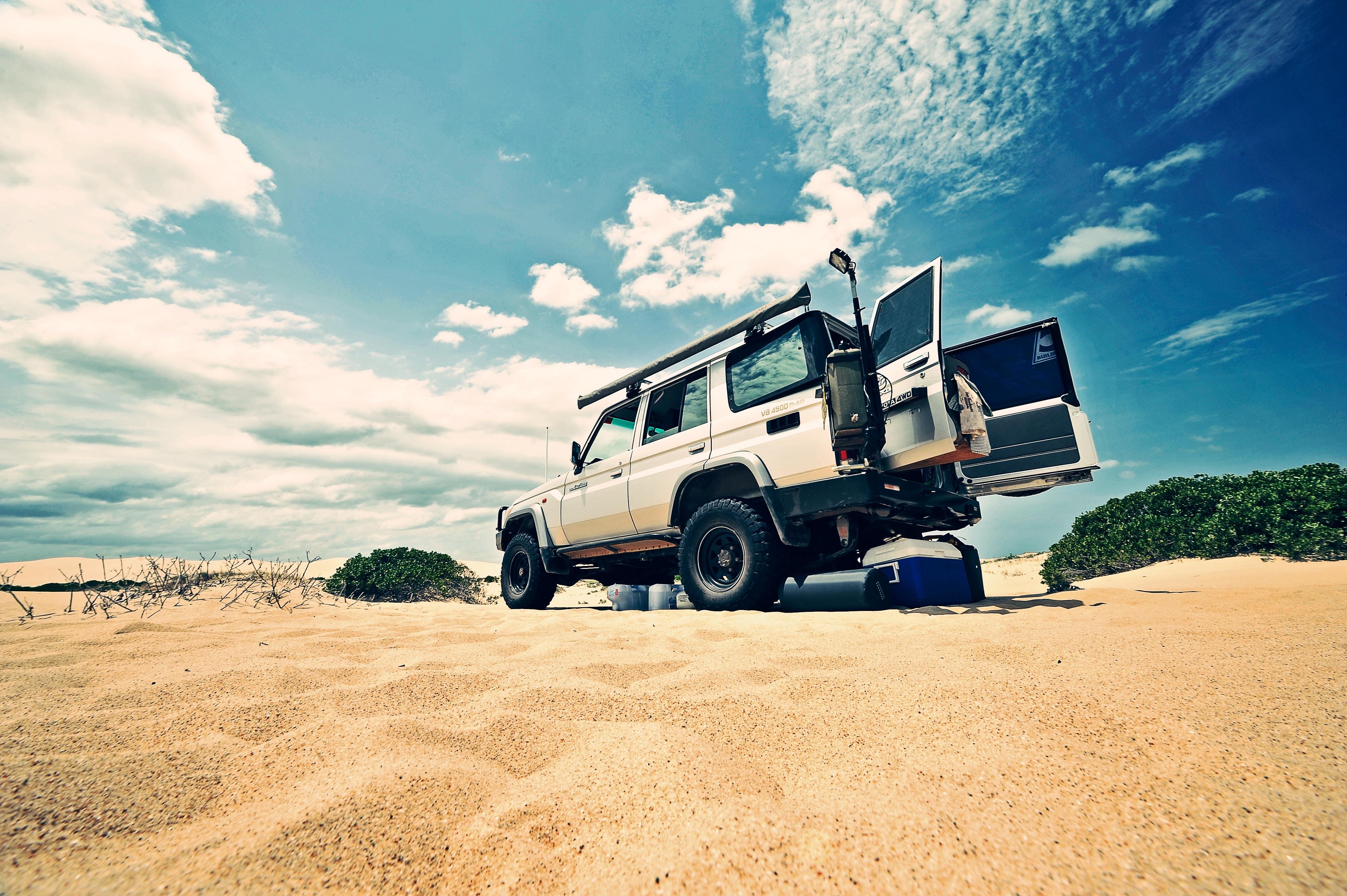 4WD(四輪駆動車)とは?|選ぶメリット