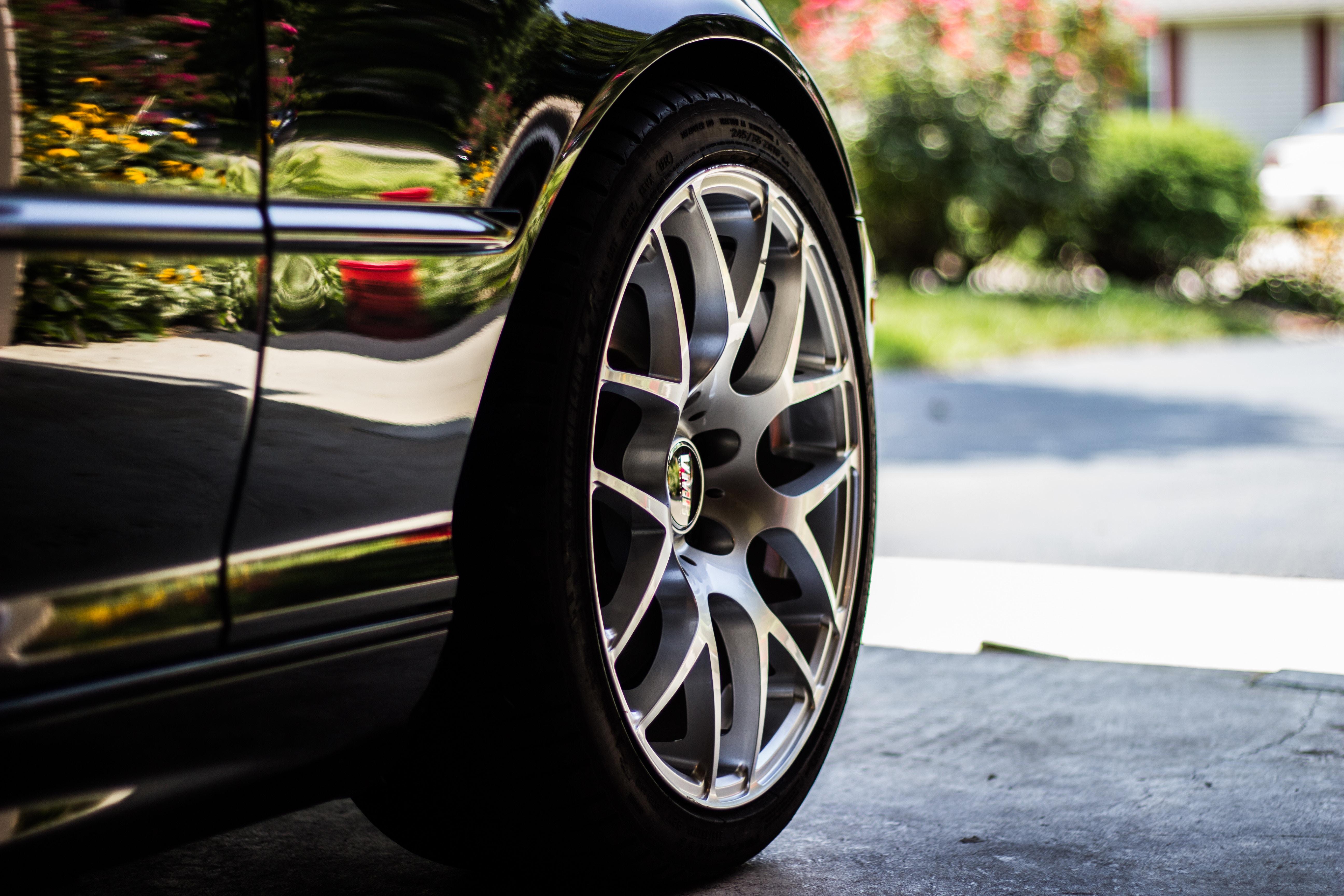 タイヤの空気圧の調整方法と流れ